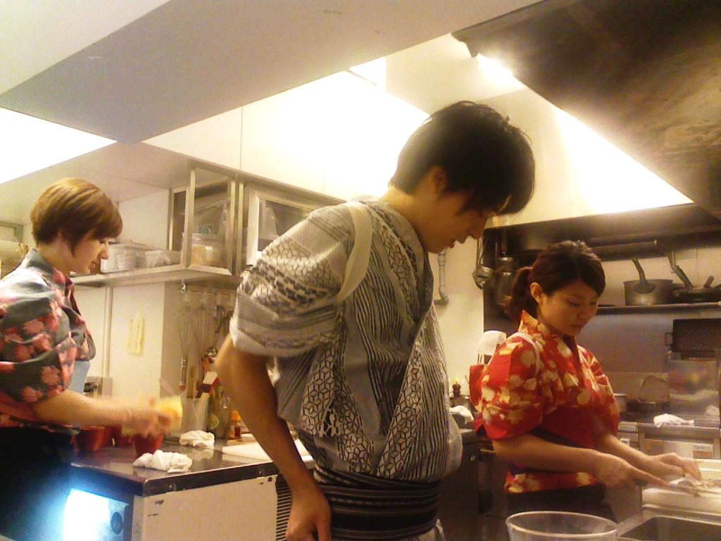 厨房チーム。