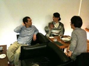前回演奏していただいた、バンドネオンの北村さん(右端)と中島さん(左端)。